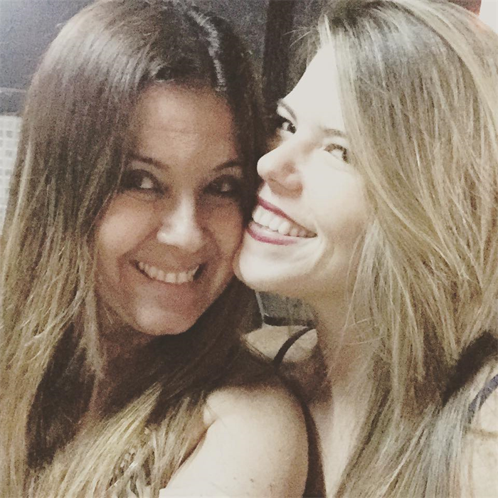Niver Camila