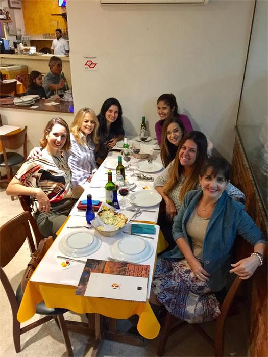 Pizza com as amigas